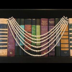Jewelry - 5 strand multi-strand pearl necklace